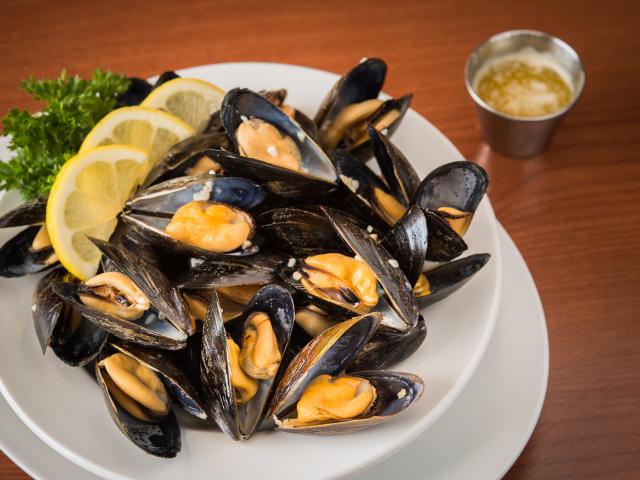 Chez Yvonnes PEI Mussels